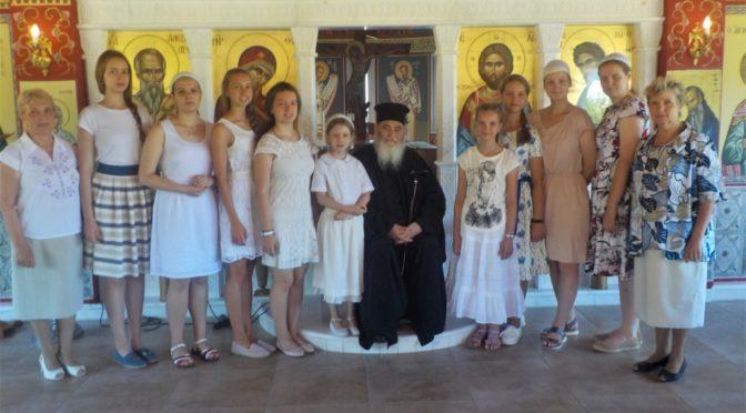 летняя смена для девочек в греческом лагере «Фавор»