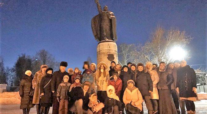 25 января 2019 года протоиерей Сергий Киселев отслужил молебен у мощей святых благоверных князей Петра и Февронии в г. Муроме