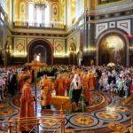 19 мая 2019 года, в Неделю 4-ю по Пасхе, о расслабленном, воспитанники Воскресной школы приняли участие в Божественной Литургии в кафедральном соборном Храме Христа Спасителя в Москве