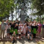 21 июня 2019 года воспитанники Воскресной школы приняли участие в митинге, посвященном Дню Памяти и Скорби в д. Мишнево