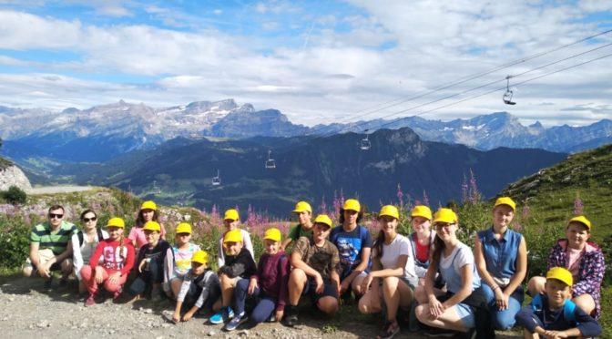 10 августа 2019 года в Швейцарских Альпах открылась лагерная смена для воспитанников Воскресной школы Патриаршего Подворья