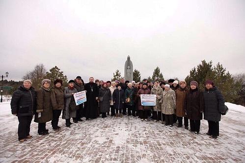 24 января 2020 года священнослужитель и прихожане храма Рождества Христова совершили паломничество в Покровский Хотьков монастырь