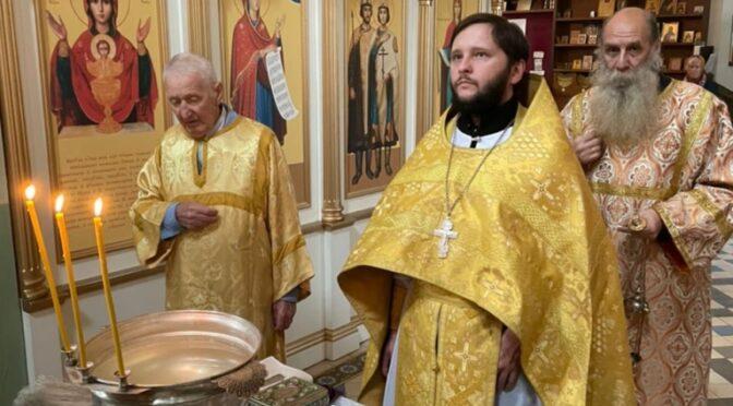 12 сентября 2021 года в день памяти благоверного великого князя Александра Невского в храме свт. Николая в Здехово были совершены праздничные богослужения
